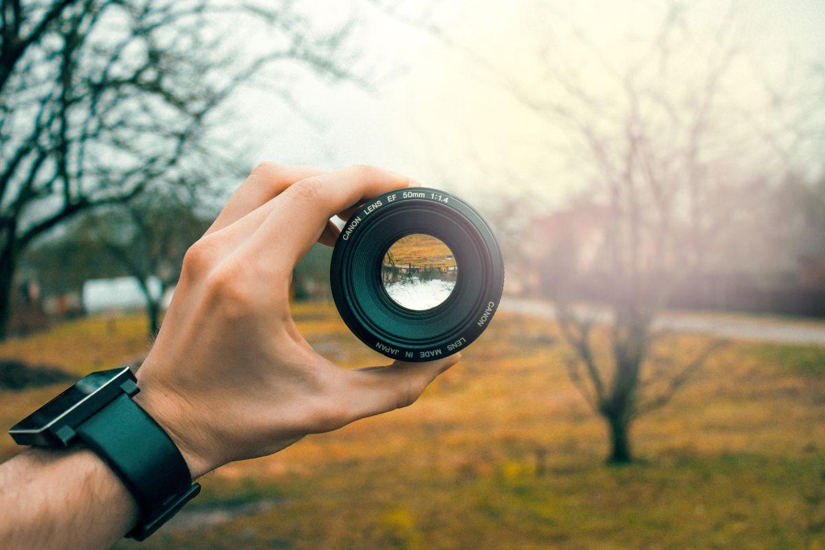 50mm-blur-camera-equipment-759960